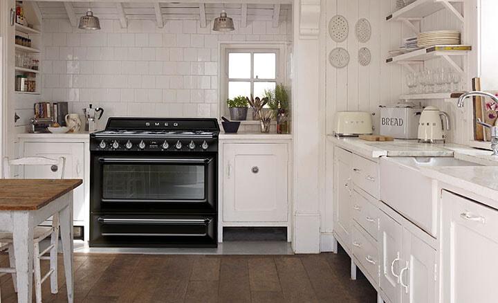 Wall Ovens vs Freestanding Ovens