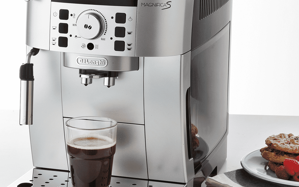 DeLonghi ECAM22110SB Magnifica S Fully Automatic Coffee Machine at The Good  Guys