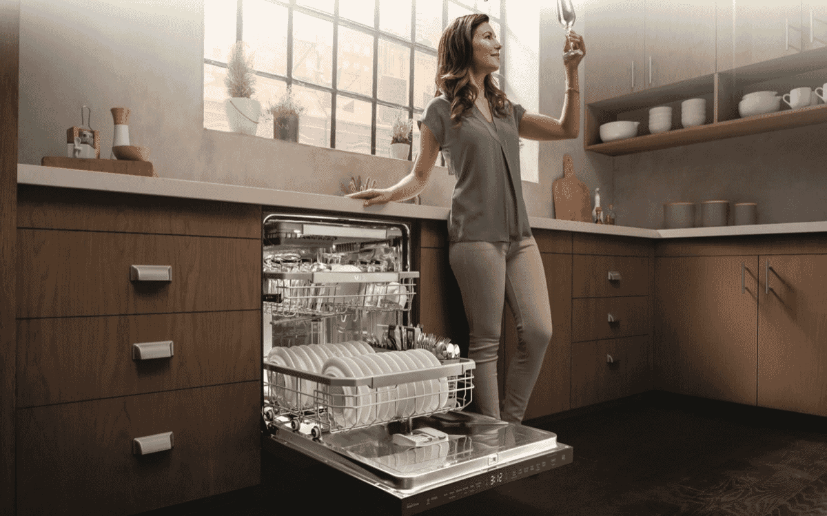 LG XD3A15NS Stainless Steel Dishwasher at The Good Guys